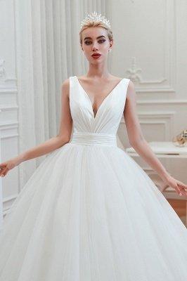 Sexy ärmellose weiße Prinzessin Frühling Brautkleid mit V-Ausschnitt   Elegante Brautkleider mit niedrigem Rücken und Gürtel_11