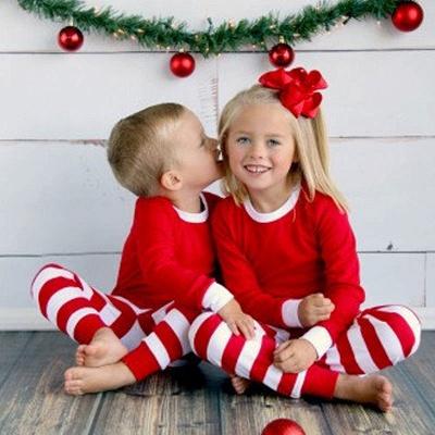 مطابقة الأسرة عيد الميلاد الفتيان الفتيات منامة مخطط الاطفال ملابس النوم ملابس الأطفال