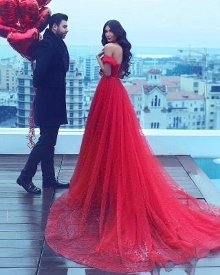 Vestido de fiesta formal de tul con hombros descubiertos y una línea de noche romántica_3