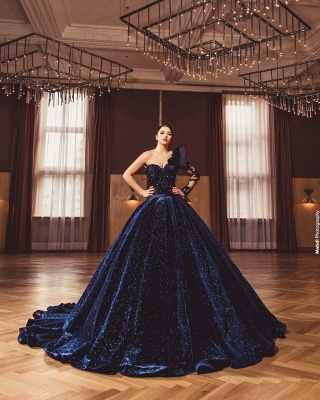 Gorgeous One Long Sleeves Dark Purple A-line Ball Gowns_4