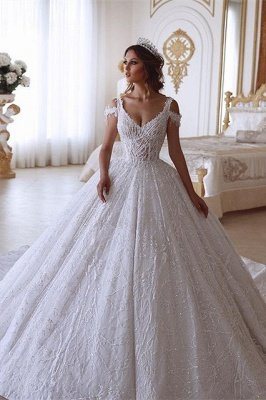 Traditional Ball Gown V-neck Cold-Shoulder White Lace Wedding Dress_1
