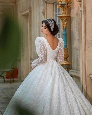 Glamouröses V-Ausschnitt mit langen Ärmeln A-Linie Prinzessin Brautkleid mit Sweep-Zug_6