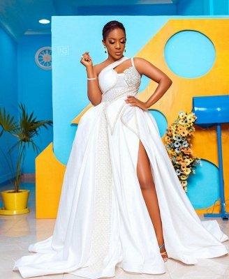 ارتفاع أزياء واحدة في الكتف ثقب المفتاح الكرة بثوب فستان الزفاف الدانتيل_4