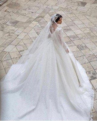 Glamouröses V-Ausschnitt mit langen Ärmeln A-Linie Prinzessin Brautkleid mit Sweep-Zug_2