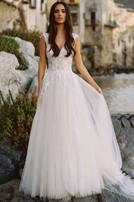 Sleeveless Floral Lace Wedding Dress V-Neck Tulle Bridal Gown