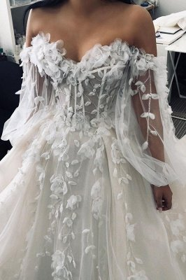 Sexy Sweetheart Sleeveless Wedding Dress White 3D Floral Lace Bridal Gown_4