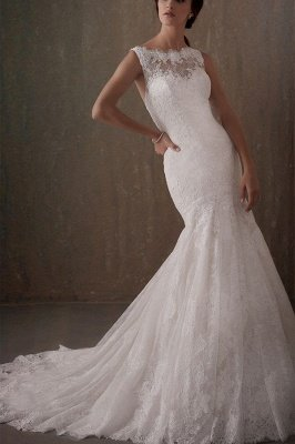 Elegant Sleeveless White Lace Wedding Dress Scoop Neck Mermaid Wedding Dress