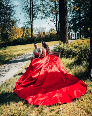 Glamorous Red Sweetheart Aline Ball Gown_5