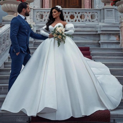 Stunning Sweetheart Puffy Sleeves Wedding Dress with cathedral Train_4