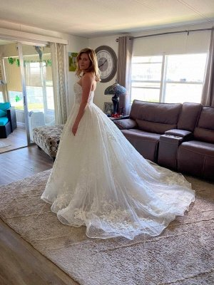 Gorgeous Off Shoulder Sweetheart White Lace Appliques Bridal Dress with Beads_3