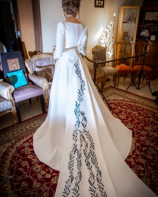 Elegant A-line Long Sleeve Wedding Dresses | Appliques Cheap Bridal Gowns Online_4