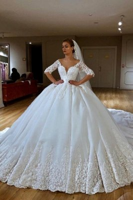 V-neck Lace Short Sleeve Ball Gown Wedding Dresses | Appliques Bridal Gowns With Court Train