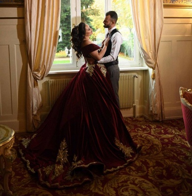 Off-the-shoulder Dark Burgundy Golden appliques Ball Gown Evening Dress_6