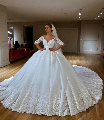 V-neck Lace Short Sleeve Ball Gown Wedding Dresses | Appliques Bridal Gowns With Court Train_1
