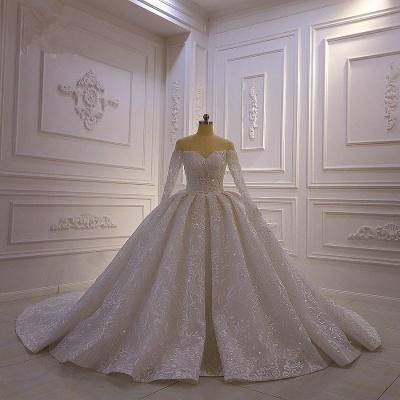 Luxus Ballkleid lange Ärmel 3D Spitze Schatz lange Brautkleider_6