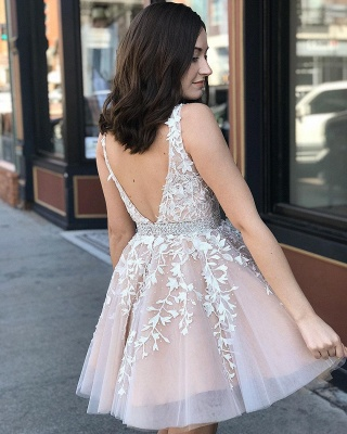 Cute Tulle Floral Lace A-line Homecoming Dress Deep V-Neck Sleeveless Cocktail Dress_3
