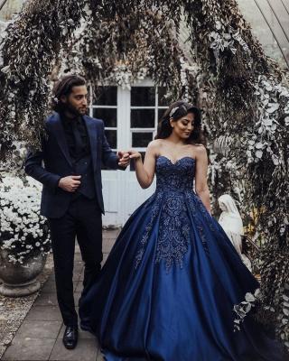 Charmantes Herz-Ausschnitt Ärmellose Spitzenapplikationen Marineblaues Hochzeitskleid_5