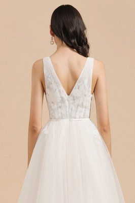 Ivory V-Neck Tulle Lace Appliques Simple Wedding Dress Garden Wedding Gowns Floor Length_8