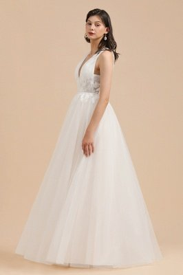 Ivory V-Neck Tulle Lace Appliques Simple Wedding Dress Garden Wedding Gowns Floor Length_5