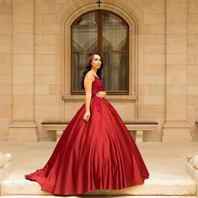 Stunning Spaghetti Straps Red Lace Appliques Satin Ball Gown_2