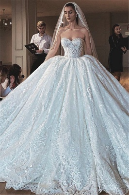 Glamorous Sexy Strapless Lace Appliques Ball Gown Wedding Dress_1