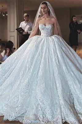 Glamorous Sexy Strapless Lace Appliques Ball Gown Wedding Dress