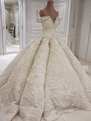 Elegant Off-theshoulder Luxury 3-D flowers Ball Gown Wedding Dress