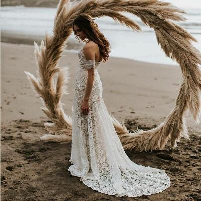 Elegnat Ivory Strapless Mermaid Lace Beach Wedding Dress Online with Lace Bracelet_4