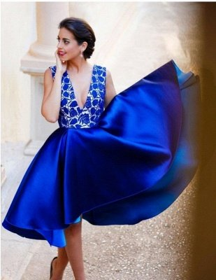New Arrival V-Neck Royal Blue Short Homecoming Dress Sleeveless Lace Cocktail Gowns_4