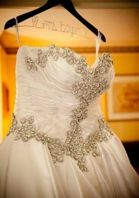 Sweetheart Ball Gown Plus Size Wedding Dresses Crystals Beads Chapel Train Princess Wedding Gowns BO9568_3