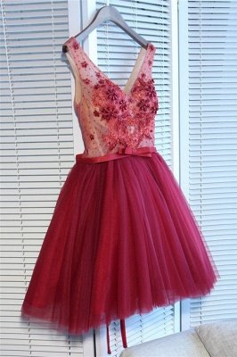 Glamorous V-Neck Tulle Short Hoco Dresses  | Sleeveless Crystal Lace-Up Homecoming Dresses Cheap