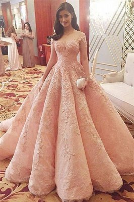 Romantic Pink Sweetheart Tulle Ball Gown Wedding Dress with Lace Appliques