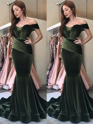 Elegant Olive Green Velvet Prom Dresses | Off-the-Shoulder Ruched Evening Gowns